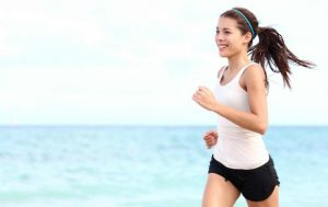 マラソン,ランニング,音楽,聞く,効果,メリット,目的,