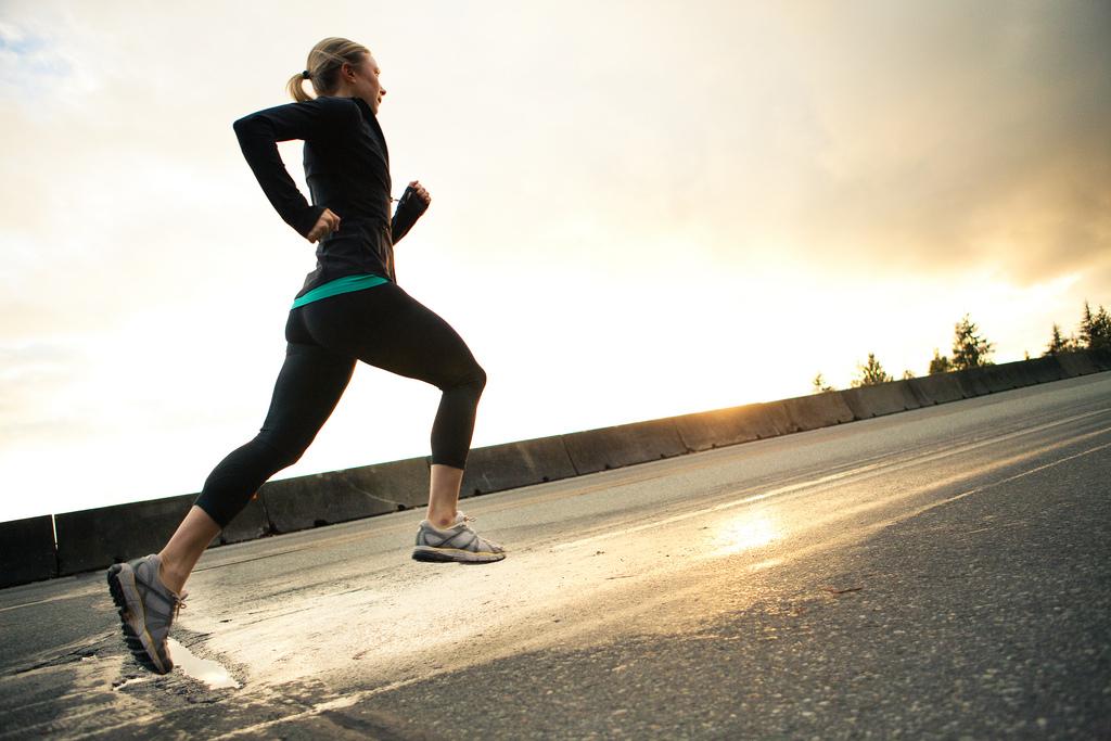 フルマラソン,ペース配分,歩かない,ゆっくり,完走,コツ,裏ワザ